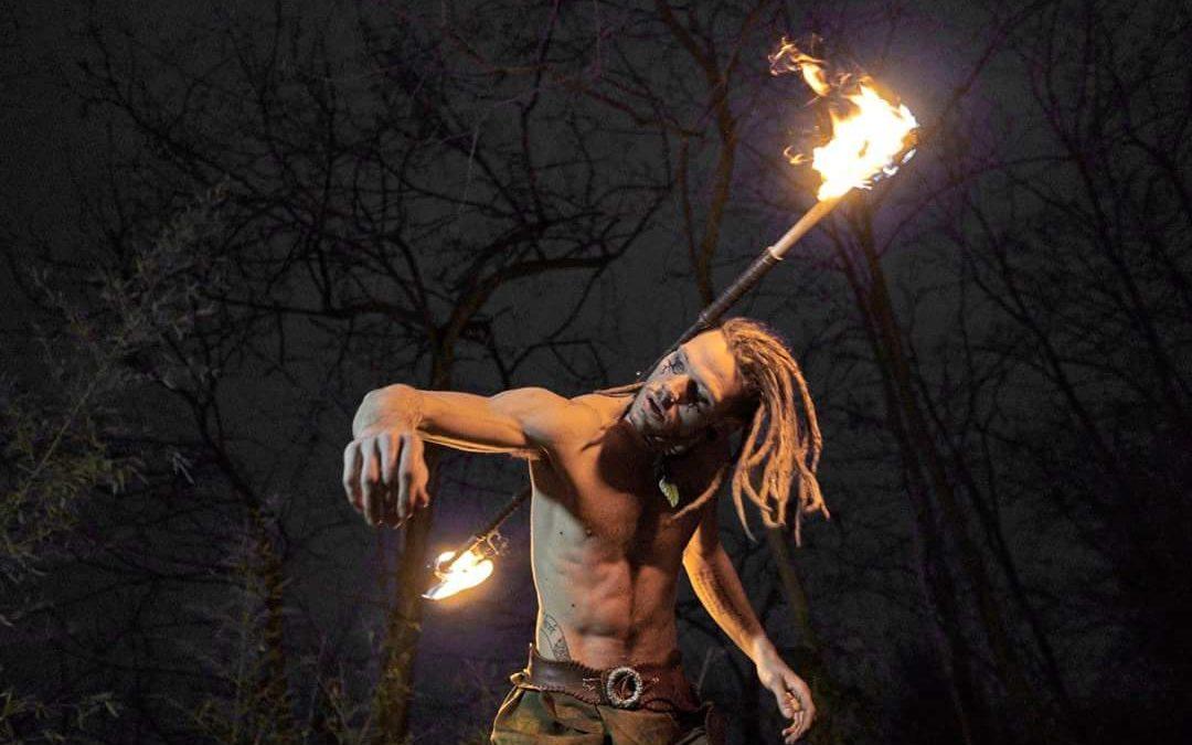 Musica e fuoco: sabato sera magico con La compagnia del Niño