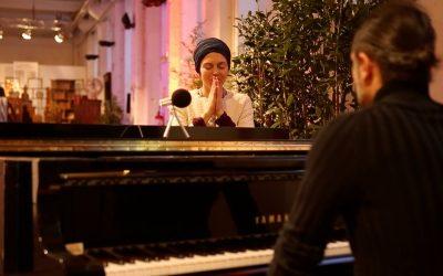 Piano Mirroring – Alessandro Sironi